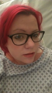 Once the epidural was in, I put make up. I seriously thought I'd give birth with this face. Ahaha. No.